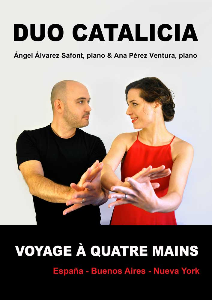VOYAGE-A-4-MAINS